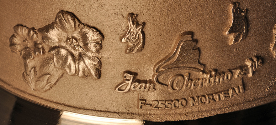 Détails cloche bronze